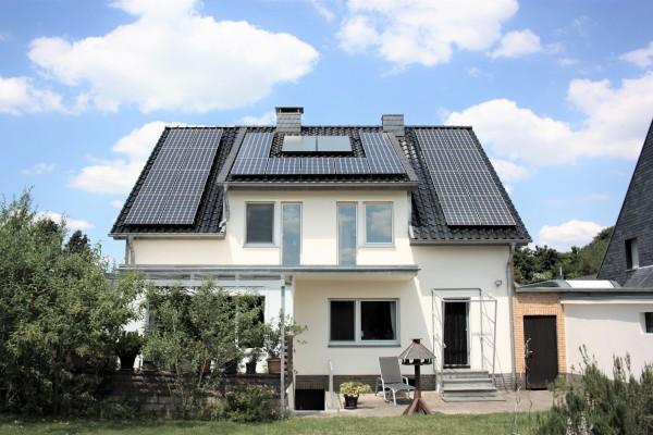 Ein Haus mit ganz besonderem Charme in  unmittelbarer Naturlage!
