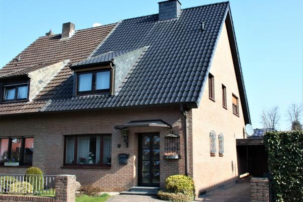 Gepflegte Doppelhaushälfte in gewachsener Wohnlage von Kaldenkirchen!