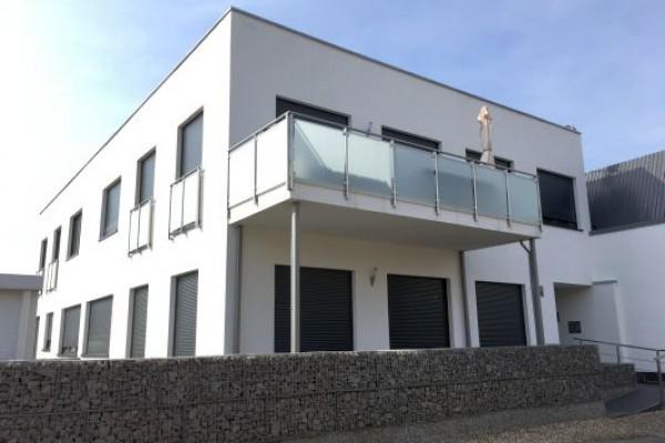 Exklusiv und Neuwertig! Moderne ETW mit gr. Balkon!